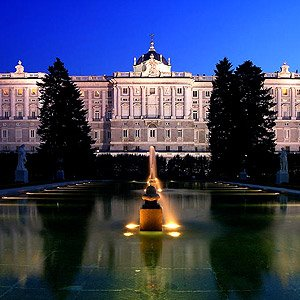 cheap flights to madrid,easyjet,budget tickets to spain,spain,madrid,madrid low cost,Ryan air,travel,vacation in madrid